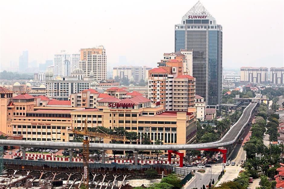 Bus Rapid Transit (BRT) - Sunway Line view from lagoon perdana apartment